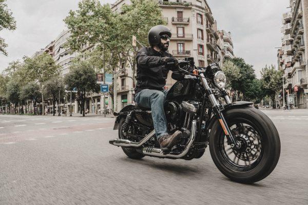 La segunda ola frena el crecimiento del sector de la moto que cae un 17,4% en noviembre