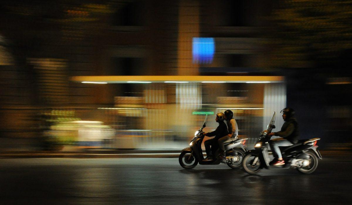 Las restricciones por la COVID y Filomena propician una caída del 39,2% en las matriculaciones de motos y vehículos ligeros en enero